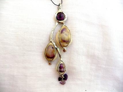 Coquillages de Bali, perles d'améthyste